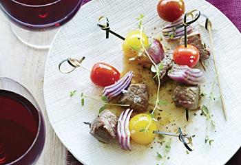 Beef with thyme mini-appetizers