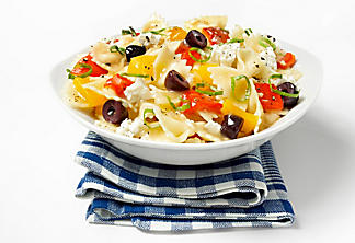 Farfalle with grilled peppers, basil and feta