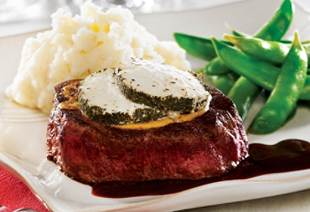 Filet mignon with goat cheese and port sauce