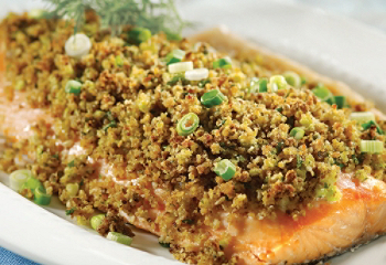 Salmon fillet in a spicy crust