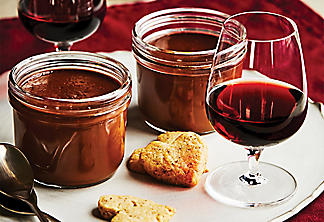 Hazelnut cookies and chocolate fondue