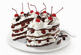 Black forest mini-cakes