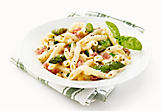 Penne with prosciutto, Parmesan and asparagus