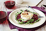 Beet salad with warm goat cheese