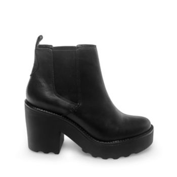 Cropped at the ankle and extra-thick in the sole, GRETTA offers a chunky take on the Chelsea boot. Look no further than this newly proportioned pull-on for a versatile shoe with lots of stability. Leather upper material with elastic Leather lining Man-made sole 3.5 inch heel height 1 inch platform 10 inch shaft circumference 4 inch shaft height Elastic goring at sides