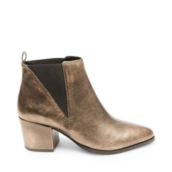 NEUTRAL at Steve Madden in Los Angeles, CA   Tuggl