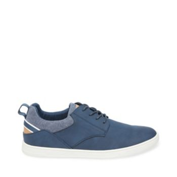 With matte surfaces and understated tonal accents, JED proves that casual kicks can still be ultra-tasteful. Leisure-lovers can enjoy style and comfort at once by rocking this lace-up with duds that share its smart and simple aesthetic. Washed nubuck upper with fabric Canvas and man-made lining Rubber sole .75 inch heel height
