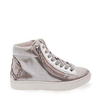 A little bit hippie and a little bit urban-glam, JPEACE is a fresh new high-top sneaker featuring an oversized glittering peace sign counter graphic and matching sparkly zipper pull. Dual side zippers allow for easy entry. Man-made upper with glitter fabric Printed fabric lining Rubber sole Functional side zippers 1 inch platform
