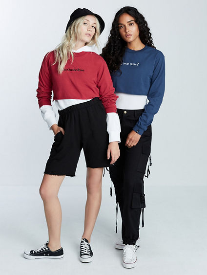 TR SLOGAN LONG SLEEVE CROP SHIRT
