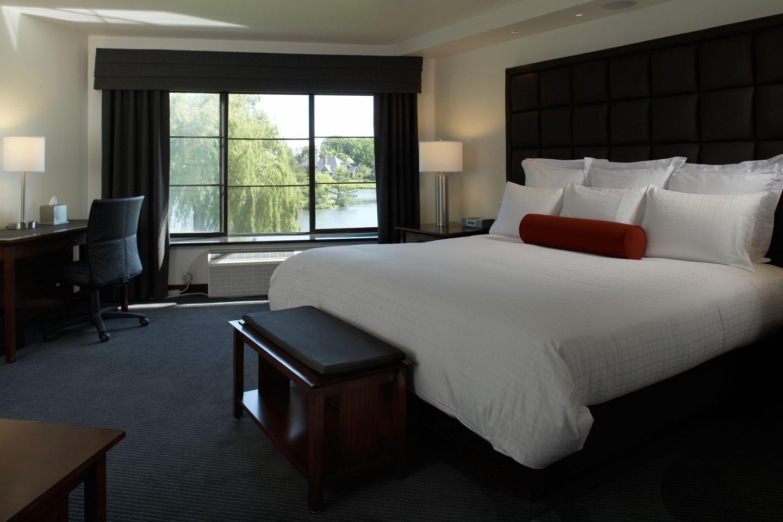Lakeside Room