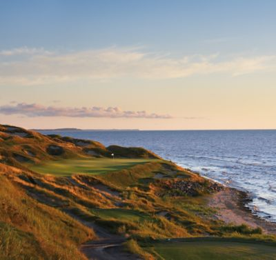 hole 7 on the Straits Course at Whistling Straits