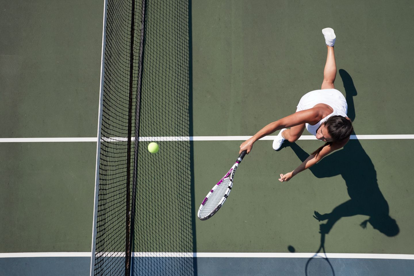 Overhead image of a tennis player