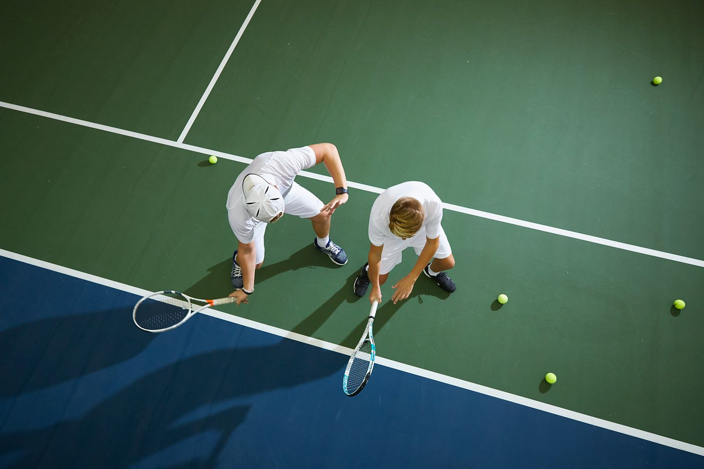 Overhead image of a tennis lesson