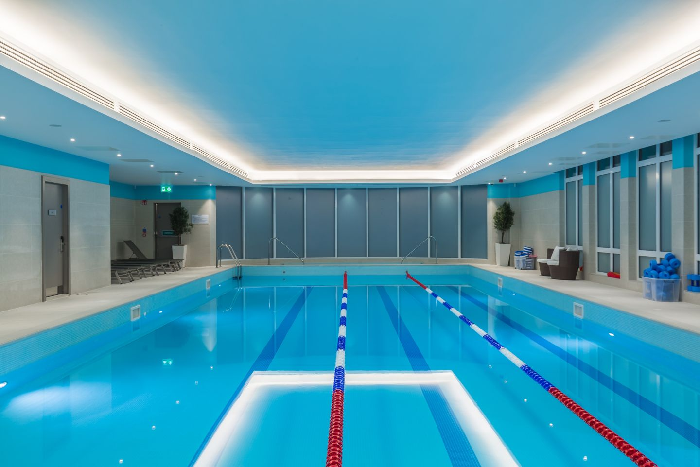 Family swimming in the Kohler Waters Fitness Centre