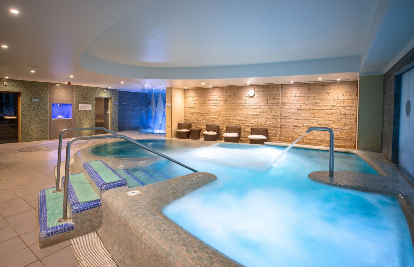 Hydrotherapy suite in the Kohler Waters Spa