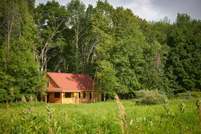 Pond Cabin exterior facing Lake Michigan