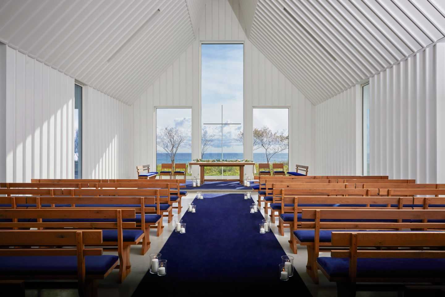 Straits Chapel interior windows
