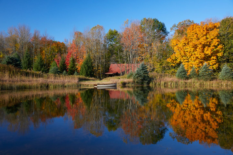 Pond Cabin exterior