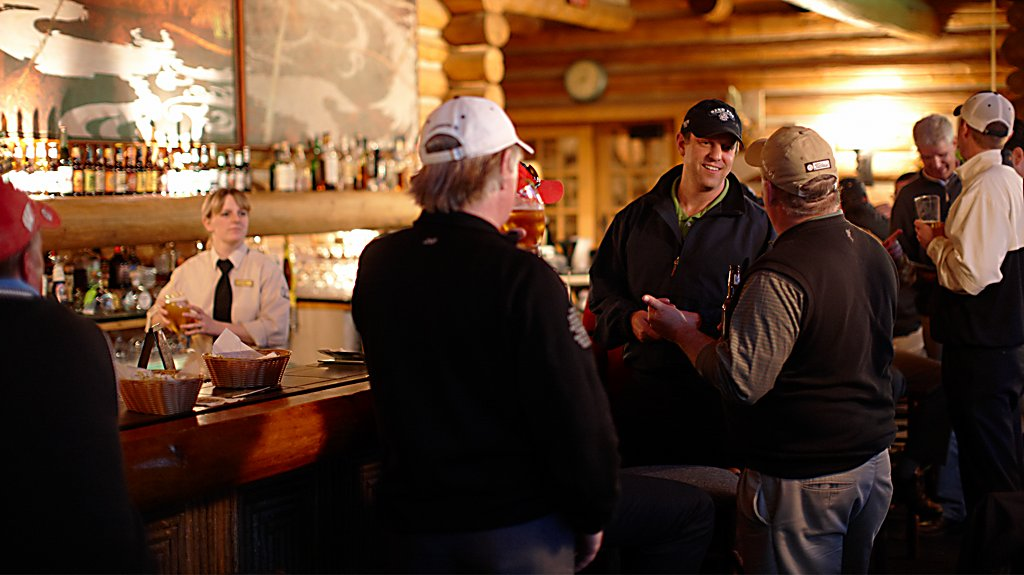 Golfers at the Blackwolf Run River Bar