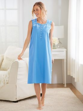Embroidered Cotton Lawn Nightgown