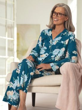 Karen Neuburger® Floral Multi Print Long-Sleeve Girlfriend Knit Pajamas