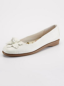 Blossom Leather Flat