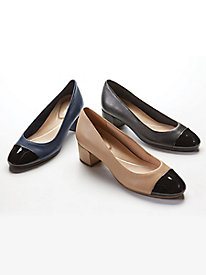 Easy Spirit Apricot Cap Toe Leather Pump