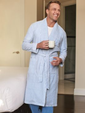 Scandia Woods Seersucker Robe