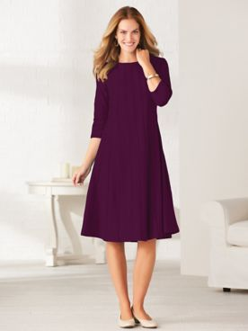Simple Elegance Three-Quarter Sleeve Dress