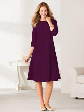 Simple Elegance Three-Quarter Sleeve Dress