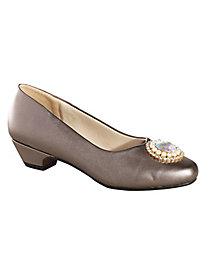 Ladies Victorian Boots & Shoes Treasure Jewel Pumps by Beacon $19.97 AT vintagedancer.com