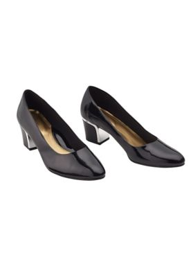Black Deanna Pumps by Soft Style®