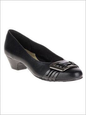 Black Pleats Be With You Pump by Soft Style®