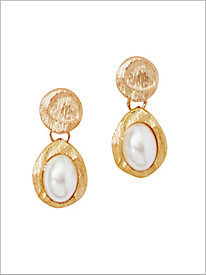 About A Pearl Earrings