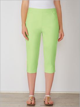 Endless Weekend Super Stretch Capris by Alfred Dunner