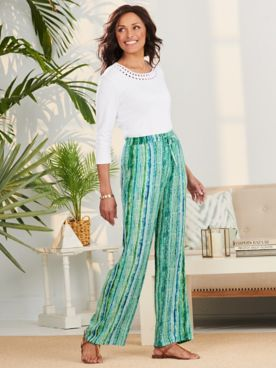 Essential Jewel Neck Tee & Crinkle Stripe Pants