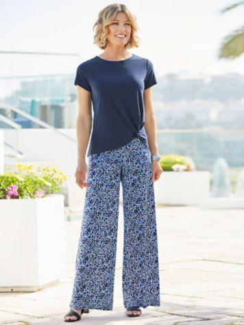 Twist Hem Tee & Coastal Spirit Knit Pants