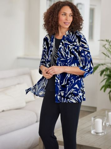 Abstract Silhouette Shirt & Signature Knits® Separates
