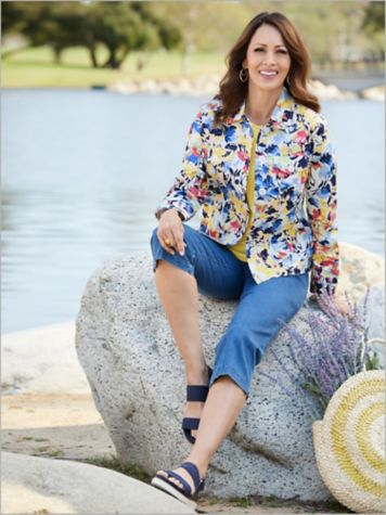 Flirty Floral Sateen Jacket & Slimtacular® Denim Capris