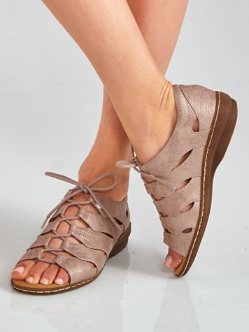 Beatrice Ghilly Sandals from Soul by Naturalizer®
