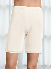 100% Mid-thigh shortie with lace