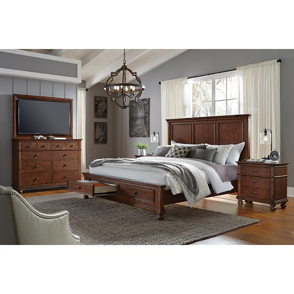 Oxford Whiskey Brown Panel Storage Bed