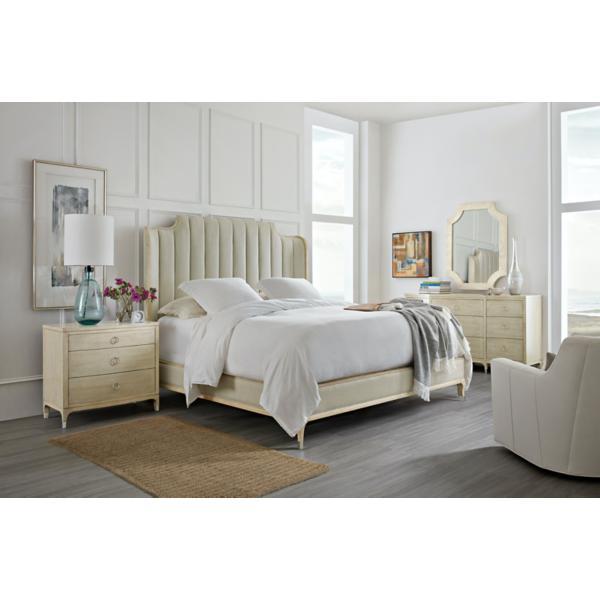 Newport Miranda Queen Upholstered Bed