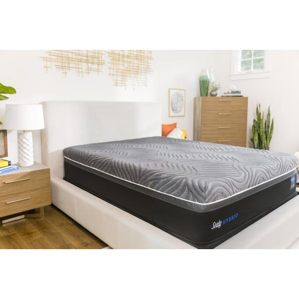 Sealy Hybrid Gold Chill Up Mattress