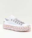 Converse x Miley Cyrus Lift zapatos blancos y rosas con estampado de cachemir