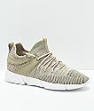 Cortica Infinity 1 zapatos en color arena y blanco