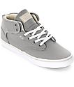 Globe Motley Mid zapatos de skate en gris y color crema