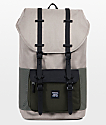 Herschel Supply Co. Little America Aspect Light Khaki Forest Night 25L mochila en color caqui y verde