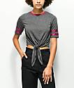 Jolt Karlie camiseta anudada gris y roja