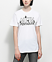 Married To The Mob x Penthouse Dancer Logo camiseta blanca